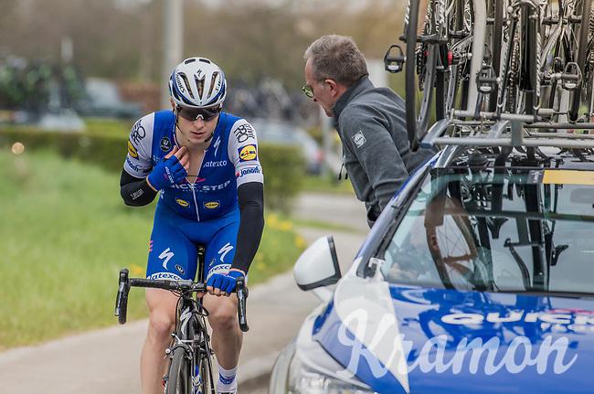 Defending champion Petr Vakoc (CZE/QuickStep Floors) having some issues with his race radio<br /> <br /> 57th Brabantse Pijl - La Flèche Brabançonne (1.HC)<br /> 1 Day Race: Leuven › Overijse (197km)