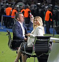 19.05.2018, Football DFB-Pokal Finale 2018, FC Bayern Muenchen - Eintracht Frankfurt, Olympiastadium in Berlin. TV-Lothar Matthaeus (li) re: Jessica Kastrop (SKY-Sport). *** Local Caption *** © pixathlon<br /> <br /> Contact: +49-40-22 63 02 60 , info@pixathlon.de