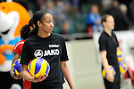 Rüsselsheim, Germany, April 13: Norisha Campbell #17 of the Rote Raben Vilsbiburg warms up before play off Game 1 in the best of three series in the semifinal of the DVL (Deutsche Volleyball-Bundesliga Damen) season 2013/2014 between the VC Wiesbaden and the Rote Raben Vilsbiburg on April 13, 2014 at Grosssporthalle in Rüsselsheim, Germany. Final score 0:3 (Photo by Dirk Markgraf / www.265-images.com) *** Local caption ***