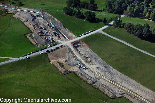 aerial photograph of the construction of the Rockies Express REX pipeline in Ohio