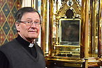 Monsignor Jim Carroll at the shrine of St. Oliver Plunkett in St. Peter's Church, Drogheda. Photo: Andy Spearman.