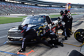 #18: Noah Gragson, Kyle Busch Motorsports, Toyota Tundra Safelite AutoGlass, makes a pit stop.