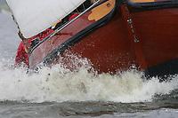 ZEILSPORT: FRYSLÂN: Skûtsjesilen, ©foto Martin de Jong