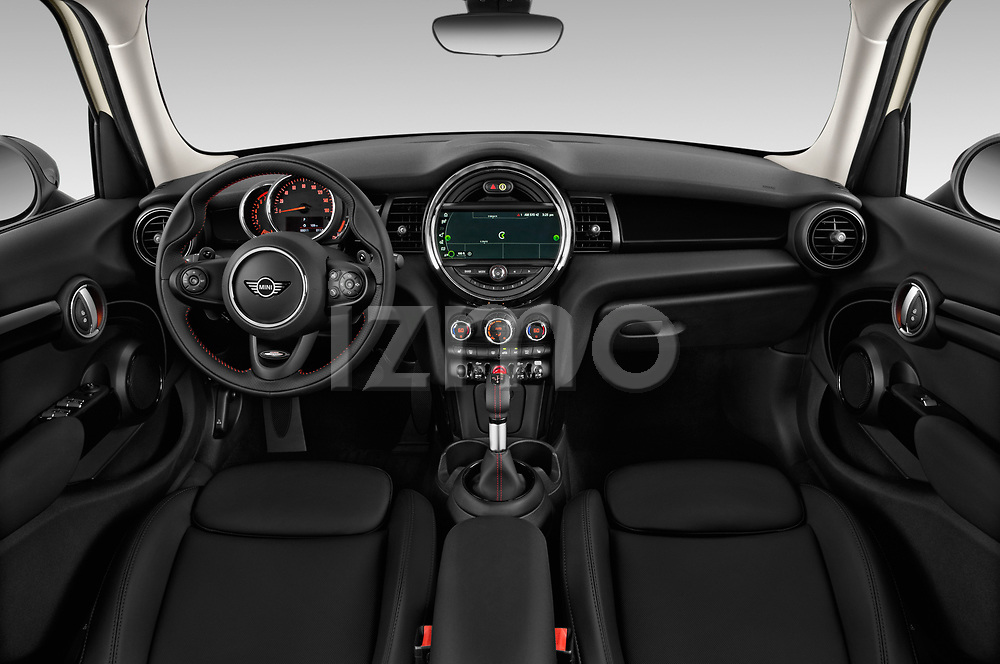 Stock photo of straight dashboard view of a 2019 Mini Hardtop 4 Door Cooper S Signature 5 Door Hatchback