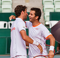 Austria, Kitzbühel, Juli 18, 2015, Tennis,  Davis Cup, Third match doubles: Olivier Marach/Jurgen Meltzer (AUT) vs Jean-Julien Rojer/ Robin Haase (NED), pictured: Jean-Julien Rojer/ Robin Haase celebrating their win.<br /> Photo: Tennisimages/Henk Koster