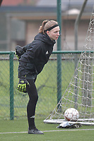 goalkeeper Ambre Collet (1) of Sporting Charleroi  pictured during a female soccer game between SV Zulte - Waregem and Sporting Charleroi on the eleventh matchday of the 2020 - 2021 season of Belgian Scooore Womens Super League , saturday 23 th of January 2021  in Zulte , Belgium . PHOTO SPORTPIX.BE   SPP   DIRK VUYLSTEKE