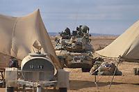 - Israeli army, M 60 Patton tanks training in the Negev desert ....- esercito israeliano, carri armati M 60 Patton in addestramento nel deserto del Negev