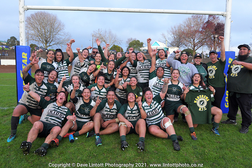 Manurewa celebrate winning the Auckland premier women's Coleman Shield rugby final between Ponsonby and Manurewa at Western Springs in Auckland, New Zealand on Saturday, 19 June 2021. Photo: Dave Lintott / lintottphoto.co.nz