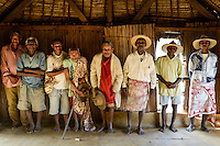 MADAGASCAR, Mananjary, canal des Pangalanes, village AMBOHITSARA, tribe ANTAMBAHOAKA, fady or taboo, according to the rules of their ancestors twin children are a taboo and not accepted in the society, meerting of clan chiefs who control the fady of ancestors / MADAGASKAR, Mananjary, Dorf AMBOHITSARA, Zwillinge sind nach dem Ahnenkult ein Fady oder Tabu beim Stamm der ANTAMBAHOAKA, Treffen der clan chiefs, im Dorf gibt es 12 clans, die Haeuptlinge wachen ueber den Ahnenkult