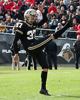Purdue kicker Carson Wiggs. The Purdue Boilermakers defeated the Ohio State Buckeyes 26-18 at Ross-Ade Stadium, West Lafayette, Indiana on October 17, 2009..