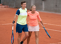 Paris, France, 02 ,10,  2020, Tennis, French Open, Roland Garros, Women's doubles: Demi Schuurs (NED) (L) and Kveta Peschke (CZE)<br /> Photo: Susan Mullane/tennisimages.com