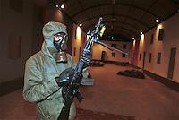 -  Italian army, Interforces School for NBC war, inner shooting polygon ....- Esercito Italiano, Scuola Interforze di guerra NBC, poligono di tiro interno