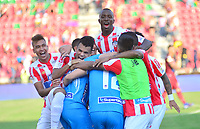 IBAGUÉ-COLOMBIA , 27 -01-2019 .Jugadores del Atlético Junior celebran al ganar la copa de campeones de la Superliga 2019 al vencer en tiros  penaltis al Deportes Tolima    durante partido por  la final de la Superliga Liga Águila  2019 jugado en el estadio Manuel Murillo Toro de la ciudad de Ibagué./ Atlético Junior players raise and celebrate with the 2019 Superliga champion cup by beating the Deportes Tolima penalty kicks  during the match for the final of Superliga  Aguila 2019 played at Manuel Murillo Toro  stadium in Ibague city. Photo: VizzorImage/ Cristian Álvarez/ Contribuidor