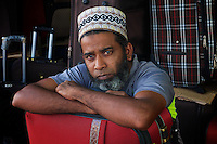 Muslim street vendor in Colombo Sri Lanka - Street Photography