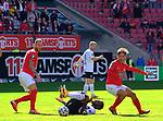 v.li: Tim RIEDER (1. FC Kaiserslautern), Hamza SAGHIRI (SV Waldhof Mannheim), Simon SKARLATIDIS (1. FC Kaiserslautern)     beim Spiel in der 3. Liga, 1. FC Kaiserslautern - SV Waldhof Mannheim.<br /> <br /> Foto © PIX-Sportfotos *** Foto ist honorarpflichtig! *** Auf Anfrage in hoeherer Qualitaet/Aufloesung. Belegexemplar erbeten. Veroeffentlichung ausschliesslich fuer journalistisch-publizistische Zwecke. For editorial use only. DFL regulations prohibit any use of photographs as image sequences and/or quasi-video.