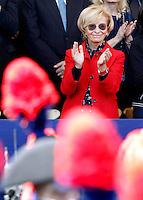 Il Ministro degli Esteri Emma Bonino applaude durante la parata militare in occasione del 67esimo anniversario della proclamazione della Repubblica Italiana, ai Fori Imperiali, Roma, 2 giugno 2013.<br /> Italian Foreign Minister Emma Bonino applauds during the military parade in occasion of the Italian Republic Day, in Rome, 2 june 2013.<br /> UPDATE IMAGES PRESS/Riccardo De Luca
