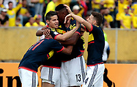 QUITO - ECUADOR - 28 - 03 - 2017: Los jugadores de Colombia, celebran el gol anotado a Ecuador, durante partido de la fecha 14 entre los seleccionados de Ecuador y Colombia, por la clasificación a la Copa Mundo FIFA 2018 Rusia jugado en el estadio Olímpico Atahualpa en la ciudad de Quito. /  The players of Colombia,  celebrate a goal scored to Ecuador, during a match of the date 14 between the teams of Ecuador and Paraguay by the classification to the 2018 FIFA World Cup Russia played in the Olympic Stadium Atahualpa in the city of Quito. Photo: VizzorImage / Sofia Macias / Agencia Cronistas Gráficos / Cont.