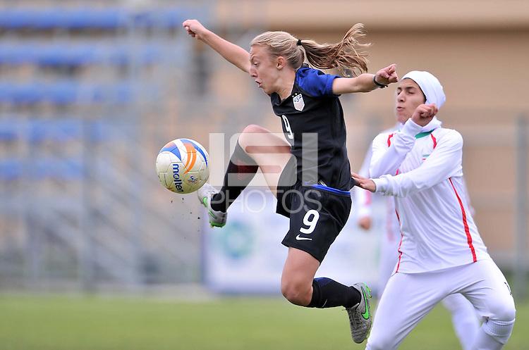 Monfalcone, Italy, April 26, 2016.<br /> USA's Vatne controls the ball during USA v Iran football match at Gradisca Tournament of Nations (women's tournament). Monfalcone's stadium.<br /> © ph Simone Ferraro / Isiphotos