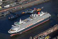 Queen Victoria in Hamburg: EUROPA, DEUTSCHLAND, HAMBURG, (EUROPE, GERMANY), 15.01.2015: Queen Victoria in Hamburg nach Werftafenthalt bei Blohm und Voss. Dahinter Anleger Fischmarkt.