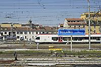 - Milano, scalo ferroviario della Stazione Centrale, treno regionale TiLo<br /> <br /> - Milan, Central Station railway station,  TiLo regional train