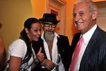 """ROBERTO D'AGOSTINO CON ROBERTO RUGERO<br /> """"PARTY ANTICRISI CON ESORCISMI"""" DI PAOLO PAZZAGLIA<br /> PALAZZO FERRAJOLI  ROMA 2011"""