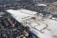 Depot: EUROPA, DEUTSCHLAND, SCHLESWIG- HOLSTEIN, GLINDE, (GERMANY), 12.02.2009: Depot Gelaende in Glinde, Bundeswehr, Umwandlung von Kaserne. Wohnraum, Baugrund, Flaeche. Bebaung, Bebauungsplan, Umwitmung,  Gebaeude, freie Flaeche, Freiflaeche, Platz , Raum, Rueckbau, An der Alten Wache, B Plan 40 a,  Investition, Luftbild, Luftansicht, Luftaufnahme, .. c o p y r i g h t : A U F W I N D - L U F T B I L D E R . de.G e r t r u d - B a e u m e r - S t i e g 1 0 2, 2 1 0 3 5 H a m b u r g , G e r m a n y P h o n e + 4 9 (0) 1 7 1 - 6 8 6 6 0 6 9 E m a i l H w e i 1 @ a o l . c o m w w w . a u f w i n d - l u f t b i l d e r . d e.K o n t o : P o s t b a n k H a m b u r g .B l z : 2 0 0 1 0 0 2 0  K o n t o : 5 8 3 6 5 7 2 0 9.C o p y r i g h t n u r f u e r j o u r n a l i s t i s c h Z w e c k e, keine P e r s o e n l i c h ke i t s r e c h t e v o r h a n d e n, V e r o e f f e n t l i c h u n g n u r m i t H o n o r a r n a c h M F M, N a m e n s n e n n u n g u n d B e l e g e x e m p l a r !.