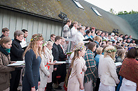 Estland, Saenger und Saengerinnen beim ersten Nargen Gesangs-Festival auf der Insel Naissaar in Estland. <br /> <br /> Engl.: Europe, the Baltic, Estonia, Naissaar island, first Naissaar Song Celebration, song festival, culture, singers, choir, 28 June 2014<br /> <br />    Sieben herausragende Accapella-Choere aus Estland singen Lieder mit Bezug auf das Meer und geben auch schon einen kleinen Vorgeschmack auf das Repertoire des grossen Saengerfeste in Tallinn, 28.06.2014