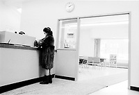 Clients de la Banque Royale , 18 Jan 1973<br /> <br /> PHOTO :   Agence Quebec Presse - Alain Renaud