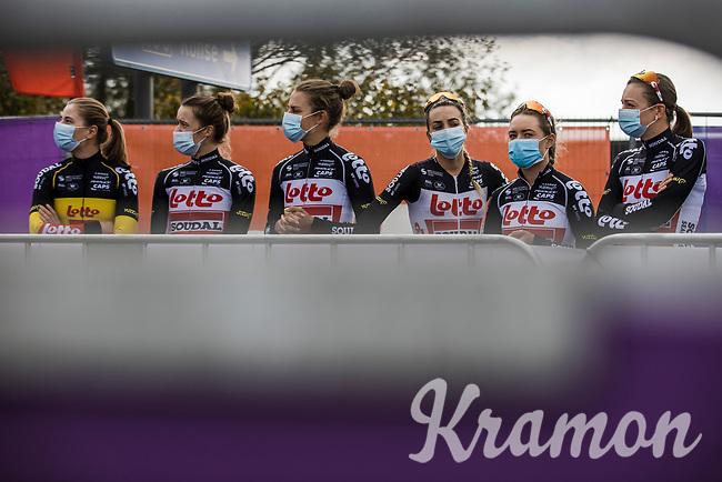 Team Lotto-Soudal awaiting the pre race team presentation<br /> <br /> 17th Ronde van Vlaanderen 2020<br /> Elite Womens Race (1.WWT)<br /> <br /> One Day Race from Oudenaarde to Oudenaarde 136km<br /> <br /> ©kramon