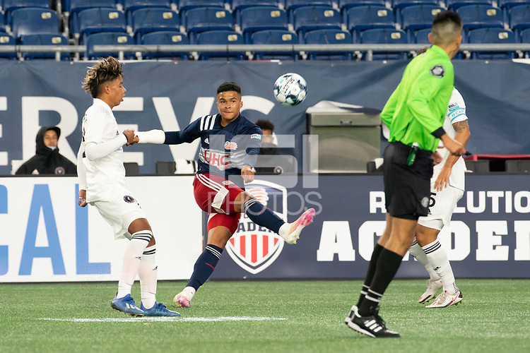 FOXBOROUGH, MA - OCTOBER 09: Damian Rivera #72 of New England Revolution II crosses the ball during a game between Fort Lauderdale CF and New England Revolution II at Gillette Stadium on October 09, 2020 in Foxborough, Massachusetts.