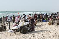 MAURETANIA, Nouakchott, atlantic ocean, fishing harbour, coast fisherman / MAURETANIEN, Nuakschott, Fischerhafen, atlantischer Ozean, Küstenfischer