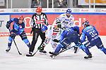 Ryan Kuffner (Nr.12 - ERC Ingolstadt), Drew LeBlanc (Nr.19 - Augsburger Panther), Louis-Marc Aubry (Nr.11 - ERC Ingolstadt) und Tim Wohlgemuth (Nr.33 - ERC Ingolstadt) beim Spiel in der Gruppe Sued der DEL, ERC Ingolstadt (dunkel) - Augsburger Panther (hell).<br /> <br /> Foto © PIX-Sportfotos *** Foto ist honorarpflichtig! *** Auf Anfrage in hoeherer Qualitaet/Aufloesung. Belegexemplar erbeten. Veroeffentlichung ausschliesslich fuer journalistisch-publizistische Zwecke. For editorial use only.