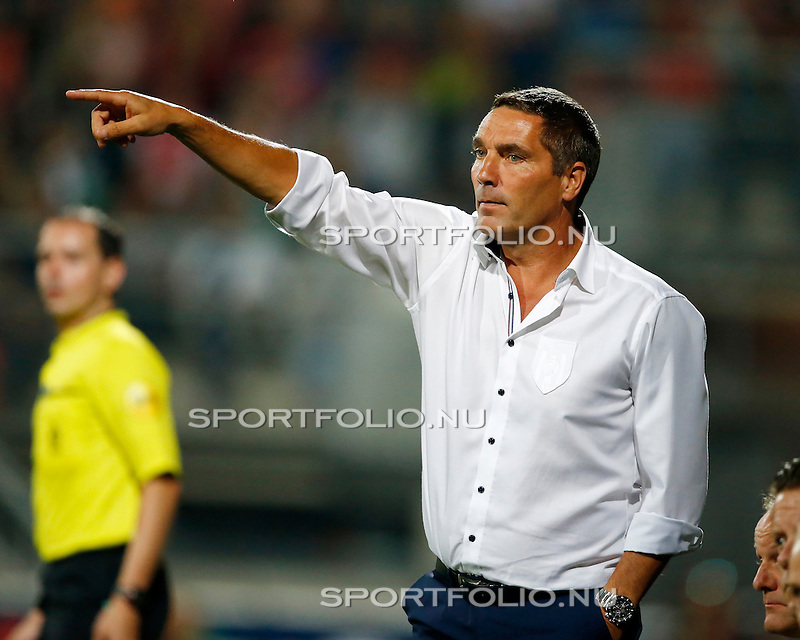 Nederland, Almelo, 29 augustus 2015<br /> Eredivisie<br /> Seizoen 2015-2016<br /> Heracles Almelo-FC Twente<br /> Hendrie Kruzen, assistent-coach Heracles Almelo