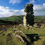 Grossbritannien, England, Devon, Dartmoor National Park, Bowerman's Nose, Felsformation beim Dorf Widecombe in the Moor | Great Britain, England, Devon, Dartmoor National Park, Rock formation known as Bowerman's Nose near village of Widecombe in the Moor