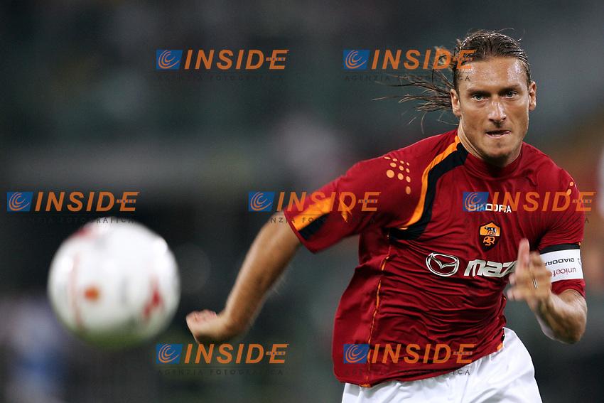 Roma 29/8/2004 Amichevole di presentazione AS Roma. Friendly match Roma - Iran 5-3. Francesco Totti Roma<br /> Foto Andrea Staccioli Insidefoto
