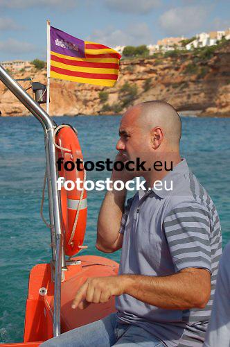 J. Pinel, policeman of Calvia<br /> <br /> J. Pinel, Policia Local de Calvià<br /> <br /> J. Pinel von der Lokalpolizei von Calvia<br /> <br /> 3008 x 2000 px<br /> 150 dpi: 50,94 x 33,87 cm<br /> 300 dpi: 25,47 x 16,93 cm