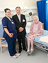 02/08/2010   Copyright  Pic : James Stewart.037_hospital_day_one  .::  NHS FORTH VALLEY ROYAL HOSPITAL, LARBERT :: TRUST CHAIRMAN IAN MULLEN MEETS ELIZABETH WILSON, ONE OF THE FIRST PATIENTS TO BE TRANSFERRED FROM FALKIRK ROYAL, AND WARD A32 CHARGE NURSE NICOLA KING :: DAY ONE OF THE NEW HOSPITAL AS PATIENTS START TO ARRIVE   ::