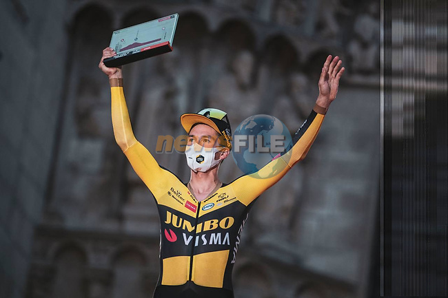 Defending Champion Primoz Roglic (SLO) Jumbo-Visma wins Stage 1 of La Vuelta d'Espana 2021, a 7.1km individual time trial around Burgos, Spain. 14th August 2021.   <br /> Picture: Unipublic/Charly Lopez | Cyclefile<br /> <br /> All photos usage must carry mandatory copyright credit (© Cyclefile | Unipublic/Charly Lopez)