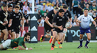 25th September 2021; Townsville, Gold Coast, Australia;  Codie Taylor breaks along the sideline. All Blacks versus Springboks. The Rugby Championship. 100th Rugby Union test match between New Zealand and South Africa.