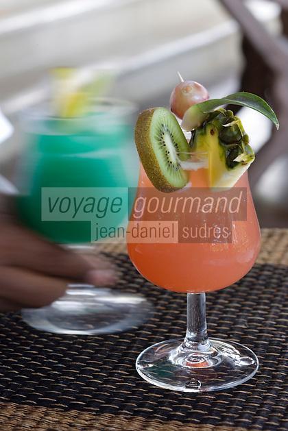 France/DOM/Martinique/Le François: Hôtel Cap Est Lagoon Resort & Spa Cocktails a base de Rhum d'Octave Bonheur au Cohi Bar: Cap Est Sunset et Rève des Antilles