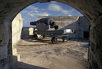 Bermuda, fort, St. George's Parish, Cannon on the ramparts of Fort St. Catherine overlooking the Atlantic Ocean in St George in Bermuda.