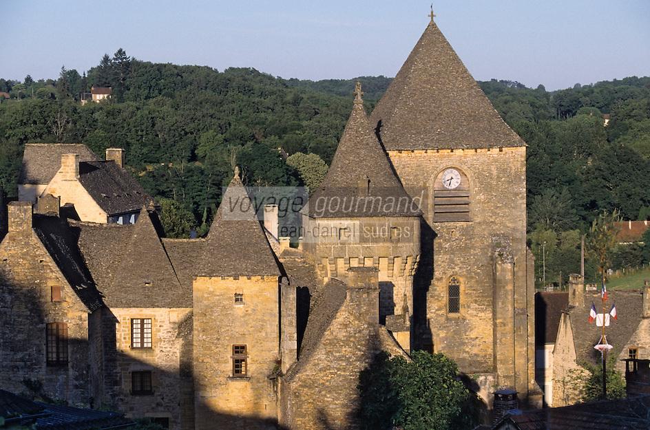 Vallée de la Dordogne/Périgord/Périgord Noir/Env de Sarlat-la-Canéda/Saint-Geniès: Les toits en lauze (ou lause)