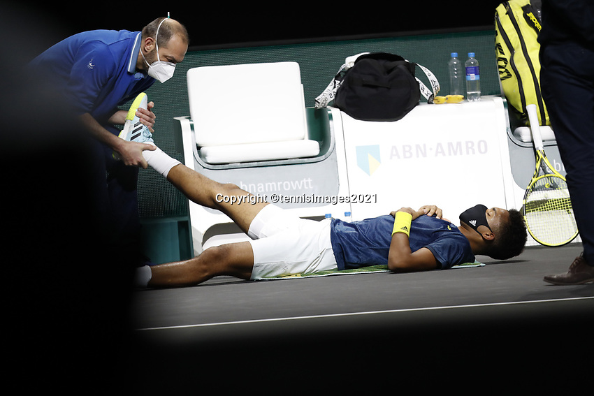 Rotterdam, The Netherlands, 28 Februari 2021, ABNAMRO World Tennis Tournament, Ahoy, First round match: Felix Auger-Aliassime (CAN) is being treated for injury.<br /> Photo: www.tennisimages.com/henkkoster
