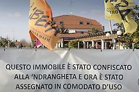 - Cisliano (Milano), il ristorante La Masseria, sequestrato al clan Valle della 'ndrangheta nel 2010 a norma della legge Rognoni-Latorre 109/96 per la confisca dei beni alla criminalità organizzata, e oggi affidato al Comune di Cisliano in comodato d'uso gratuito per progetti di riutilizzo sociale<br /> <br /> <br /> <br /> - Cisliano (Milan), the restaurant La Masseria, seized to Valle clan of the 'Ndrangheta in 2010 under the Rognoni-Latorre Law 109/96 for the confiscation of assets of organized crime, and today entrusted to the Municipality of Cisliano in loan use free for social re-use projects