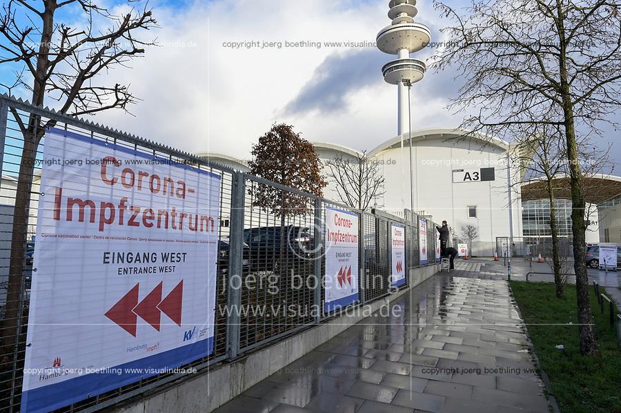 GERMANY, Hamburg, corona pandemic, vaccination center / DEUTSCHLAND, Hamburg, Corona Pandemie, Impfzentrum der KVH und Sozialbehörde Hamburg in den Messehallen