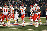 Kansas City Chiefs gehen in AUfstellung<br /> New York Jets vs. Kansas City Chiefs<br /> *** Local Caption *** Foto ist honorarpflichtig! zzgl. gesetzl. MwSt. Auf Anfrage in hoeherer Qualitaet/Aufloesung. Belegexemplar an: Marc Schueler, Am Ziegelfalltor 4, 64625 Bensheim, Tel. +49 (0) 6251 86 96 134, www.gameday-mediaservices.de. Email: marc.schueler@gameday-mediaservices.de, Bankverbindung: Volksbank Bergstrasse, Kto.: 151297, BLZ: 50960101