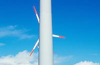 Europa Deutschland DEU Schleswig-Holstein, AN-Bonus Windraeder Windkraftwerk auf Eco Island Pellworm ,  AN-Bonus gehoert heute zur Siemens Gruppe - Wirtschaft Umwelt Nachhaltigkeit nachhaltig wirtschaften Energien erneuerbare alternative regenerative Energie Zukunftsenergie Renewables Umwelttechnologie umweltfreundlich umweltfreundliche EEG Einspeisegesetz Klima Klimaschutz Klimawandel Emission CO2 CO2-neutral Oekoenergie Strom Stromerzeugung Strom Energieverbrauch gruen gruene Fonds Anlagen Umweltfonds Wind windig Windpark Windenergie Windkraftanlage Windmuehle Windrad Windstrom Windturbine abstrakt Detail / Europe Germany Northsea eco island Pellworm, AN Bonus windturbine - environment climate climate change save power windenergy renewables renewable windmill windpower wind turbine