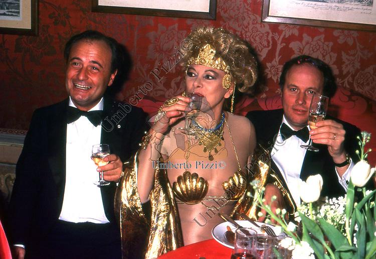 SANDRA MILO <br /> FESTA COVERI PALAZZO PISANI MORETTA VENEZIA 1985