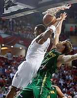 Andre IGUODALA (USA)  passes Martynas POCIUS (Lithuania)  during the semi-final World championship basketball match against Lithuania in Istanbul, USA-Lithuania, Turkey on Saturday, Sep. 11, 2010. (Novak Djurovic/Starsportphoto.com) .