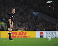 Dan Carter of New Zealand prepares to take a penalty kick during the Semi Final of the Rugby World Cup 2015 between South Africa and New Zealand - 24/10/2015 - Twickenham Stadium, London<br /> Mandatory Credit: Rob Munro/Stewart Communications